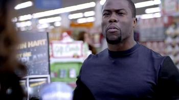 Walmart TV Spot, 'Last-Minute Shopping' Featuring Kevin Hart - Thumbnail 6