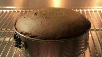 Baskin-Robbins Snow Man Cake TV Spot - Thumbnail 4