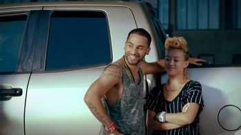 JBL Charge TV Spot, 'Keep the Party Going'