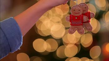 Hallmark TV Spot, 'Holiday Traditions' - Thumbnail 9