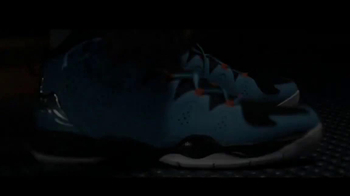 Foot Locker TV Spot, '23 Days of Flight' Featuring Carmelo Anthony - Thumbnail 4