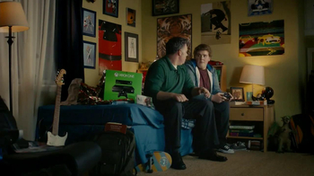 Walmart TV Spot, 'Don't Tell Mom We Opened the Xbox One' - Thumbnail 4