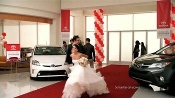 Toyota Toyotathon TV Spot, 'Los Novios' [Spanish] - Thumbnail 2