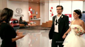 Toyota Toyotathon TV Spot, 'Los Novios' [Spanish] - 55 commercial airings