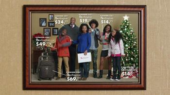 Burlington Coat Factory TV Spot, 'Family Portrait' - Thumbnail 6