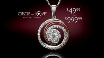 Helzberg Diamonds Circle of Love Pendant TV Spot - Thumbnail 8