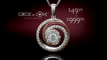 Helzberg Diamonds Circle of Love Pendant TV Spot - Thumbnail 9