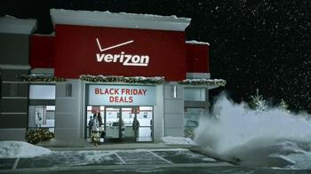 Verizon Black Friday TV Spot, 'Heads Up' - Thumbnail 2