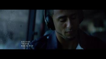 Beats Studio TV Spot Featuring Colin Kaepernick, Song by Aloe Blacc - Thumbnail 4