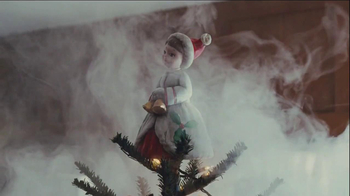 Netflix TV Spot, 'Holiday Tree Topper: The McDermott' - Thumbnail 6