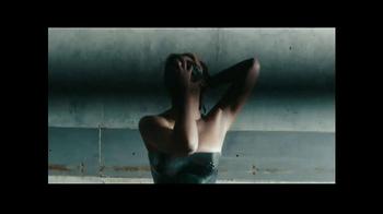 Beyonce 'Beyonce' TV Spot - Thumbnail 8