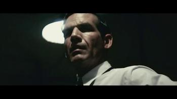 Hennessy V.S TV Spot, 'The Fastest Man on Earth' - Thumbnail 7