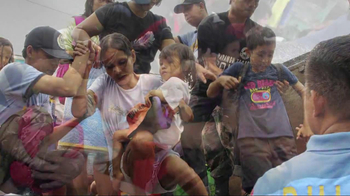 UNICEF USA TV Spot Featuring Hailee Steinfeld - Thumbnail 7