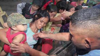 UNICEF USA TV Spot Featuring Hailee Steinfeld - Thumbnail 8