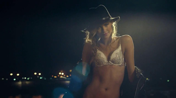 Victoria's Secret Victoria Perfume TV Spot - Thumbnail 8