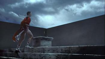 Versace EROS TV Spot, 'The New Fragrance for Men' - Thumbnail 3
