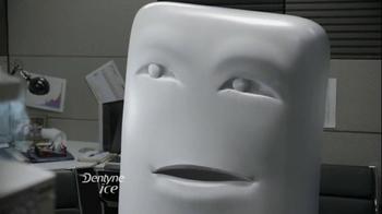 Dentyne Ice TV Spot, 'Something in Your Teeth' - Thumbnail 6