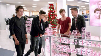 Macy's Black Friday TV Spot, 'Hairstyle' Featuring One Direction  - Thumbnail 10