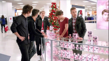 Macy's Black Friday TV Spot, 'Hairstyle' Featuring One Direction  - Thumbnail 3
