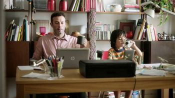 HP Instant Ink TV Spot, 'Like Father, Like Son' - Thumbnail 4