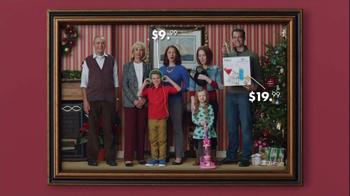 Burlington Coat Factory TV Spot, 'Dad, We're in a Picture!' - Thumbnail 4
