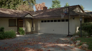 2014 Cadillac CTS Sedan TV Spot, 'Garages' - Thumbnail 3