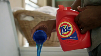 Tide TV Spot, 'Keep Stains Out of the End Zone' - Thumbnail 9