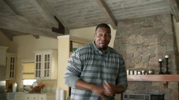 Tide TV Spot, 'Keep Stains Out of the End Zone' - Thumbnail 3