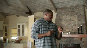 Tide TV Spot, 'Keep Stains Out of the End Zone' - Thumbnail 4