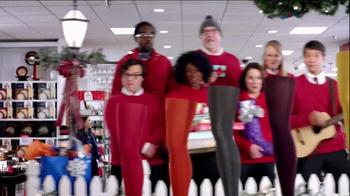 JCPenney TV Spot, 'Mall Carolers' - Thumbnail 5