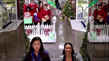 JCPenney TV Spot, 'Mall Carolers' - Thumbnail 8