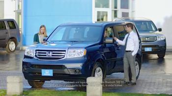 Honda Happy Honda Days TV Spot, 'Skis' Featuring Michael Bolton - Thumbnail 2