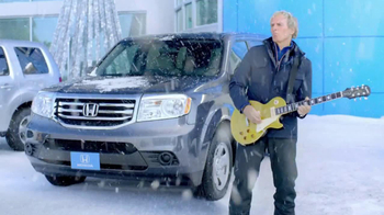Honda Happy Honda Days TV Spot, 'Skis' Featuring Michael Bolton - Thumbnail 8