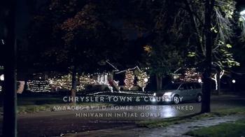 Chrysler Big Finish Event TV Spot, 'Giving Back' - Thumbnail 1