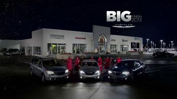 Chrysler Big Finish Event TV Spot, 'Giving Back' - Thumbnail 9