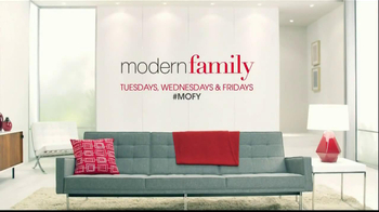 USA Network Feeding Modern Families TV Spot - Thumbnail 9