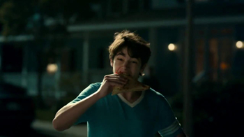 Taco Bell Grilled Stuft Nacho TV Spot, 'Run' Song by Portugal the Man - Thumbnail 6