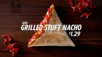 Taco Bell Grilled Stuft Nacho TV Spot, 'Run' Song by Portugal the Man - Thumbnail 9