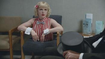 Geico TV Spot, 'Waiting Room Magician' - Thumbnail 3