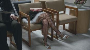 Geico TV Spot, 'Waiting Room Magician' - Thumbnail 5