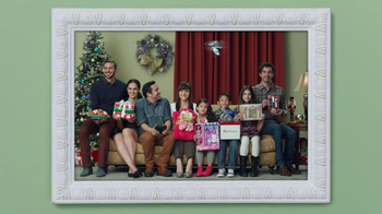 Burlington Coat Factory TV Spot, 'Family Picture' - Thumbnail 5