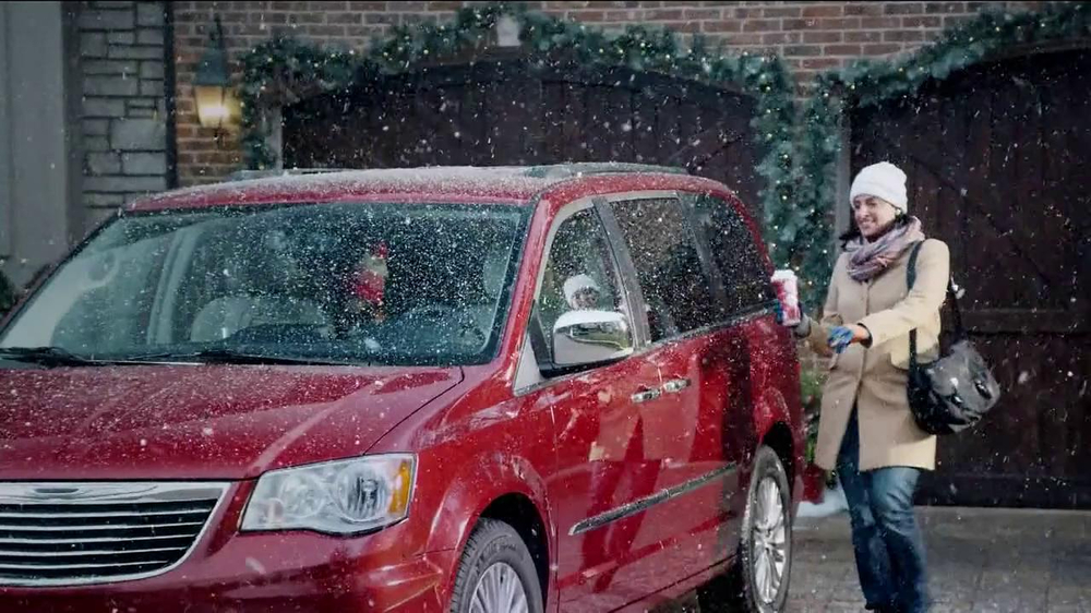WeatherTech TV Commercial, 'Classic Holiday Mess'