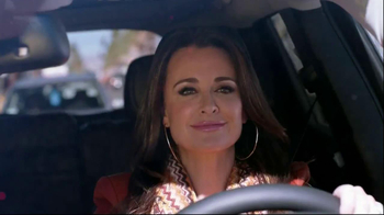 Jeep Cherokee TV Spot, 'Bravo' Featuring Kyle Richards - Thumbnail 4