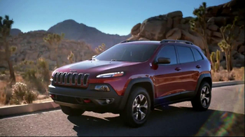 Jeep Cherokee TV Spot, 'Bravo' Featuring Kyle Richards - Thumbnail 7