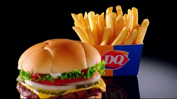 Dairy Queen $5 Meal TV Spot, 'DQrazy'  - Thumbnail 3