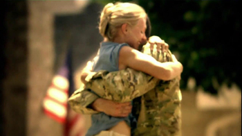 Applebee's Veterans Day TV Spot 'Stand Up' Song by Sugarland - Thumbnail 4