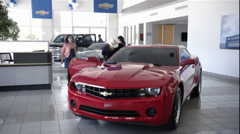 Chevrolet TV Spot, 'Serenade' Featuring Brad Paisley - Thumbnail 3
