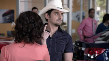 Chevrolet TV Spot, 'Serenade' Featuring Brad Paisley - Thumbnail 8