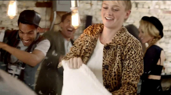 Pinnacle Whipped Vodka TV Spot, 'Pillow Fight' - Thumbnail 2