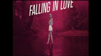 Target TV Spot 'Taylor Swift RED' - Thumbnail 2
